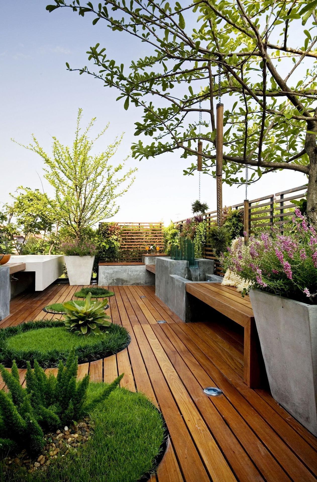 Interesting natural wood courtyard