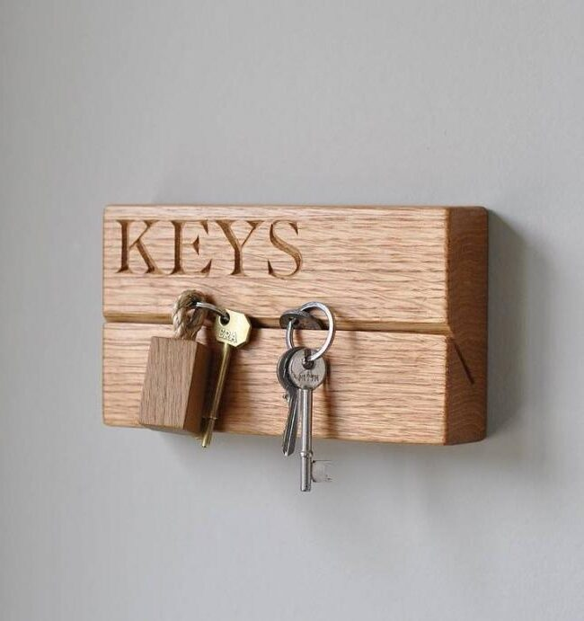 Wall key hanger from wooden timber