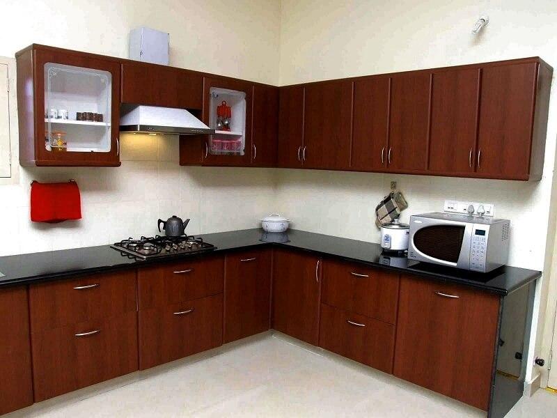 crown molding kitchen cabinet