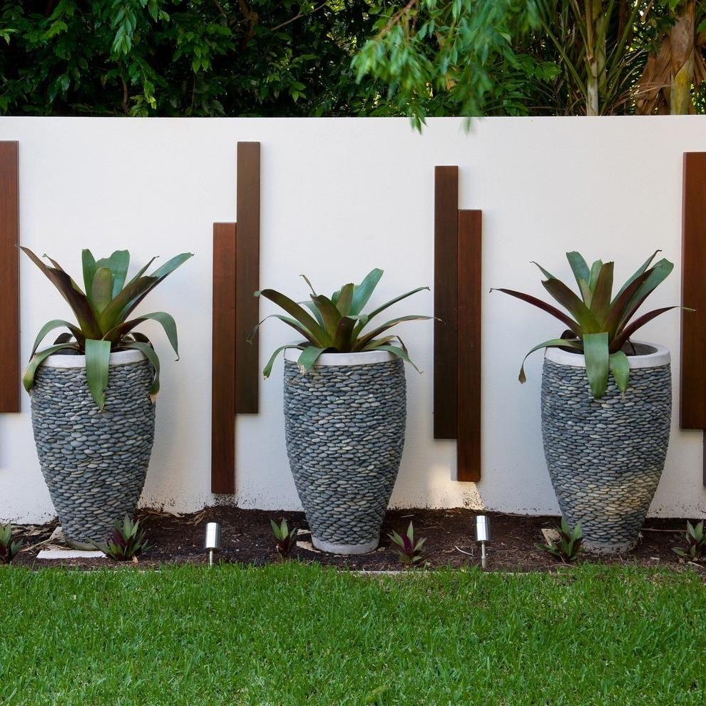 Pebbled Triple Flower Pots and Planters