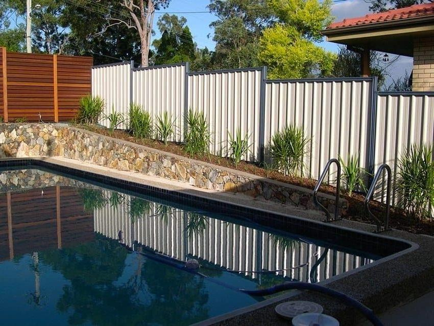 Classic metal fencing styles in light colors