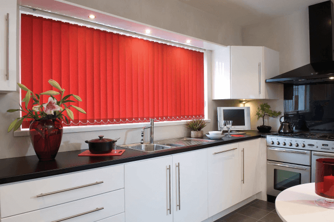 Convenient use of blinds in the kitchen