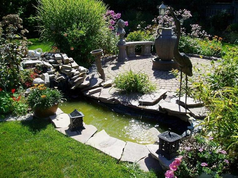 Garden ponds to beautify your outdoor space