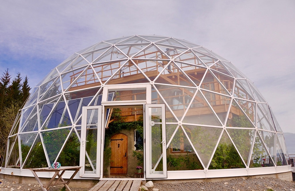 Life under the geo-dome in the Arctic Circle