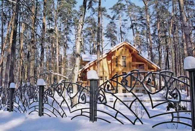 Lightweight decorative forged fence
