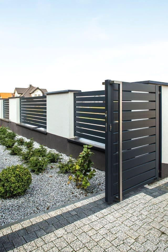 Polymer composite fences are durable and very beautiful.