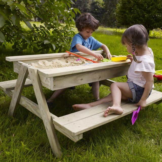 Sandbox - table with benches