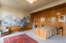 Frescoes in bedroom design