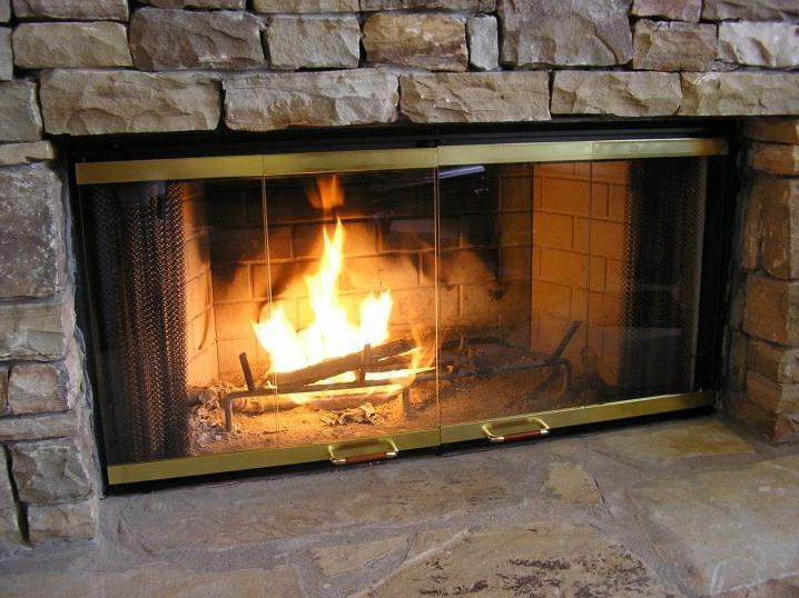 Glass fireplace mantel design