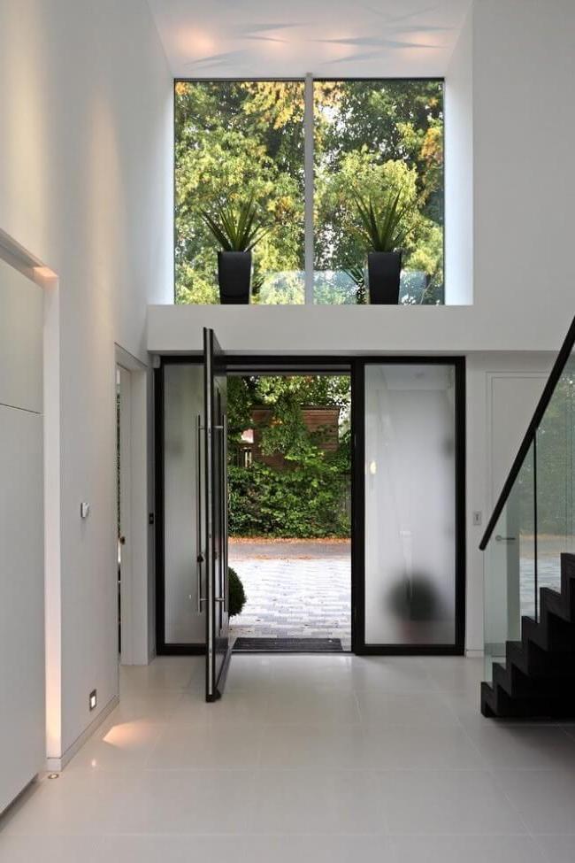 Single leaf steel door