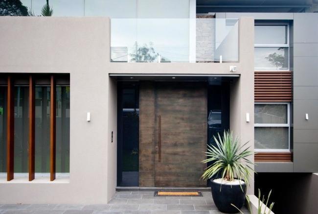 Steel doors need moisture protection