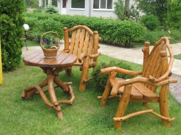 Garden furniture set made of wood