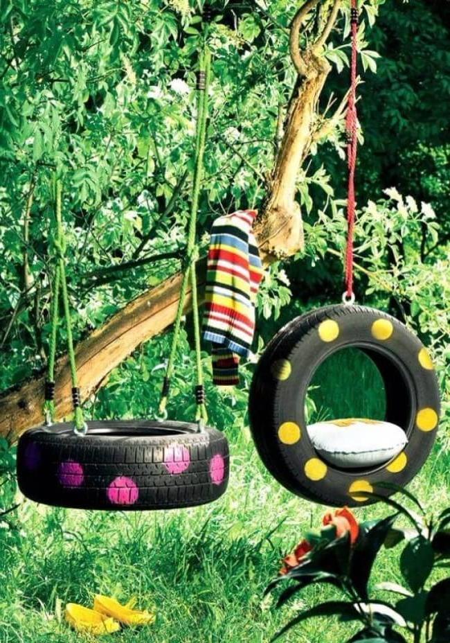 Garden swing made of tires