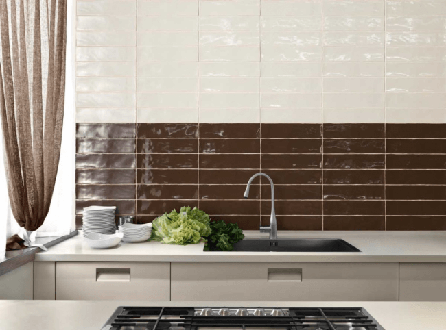 Kitchen in coffee and milk shades