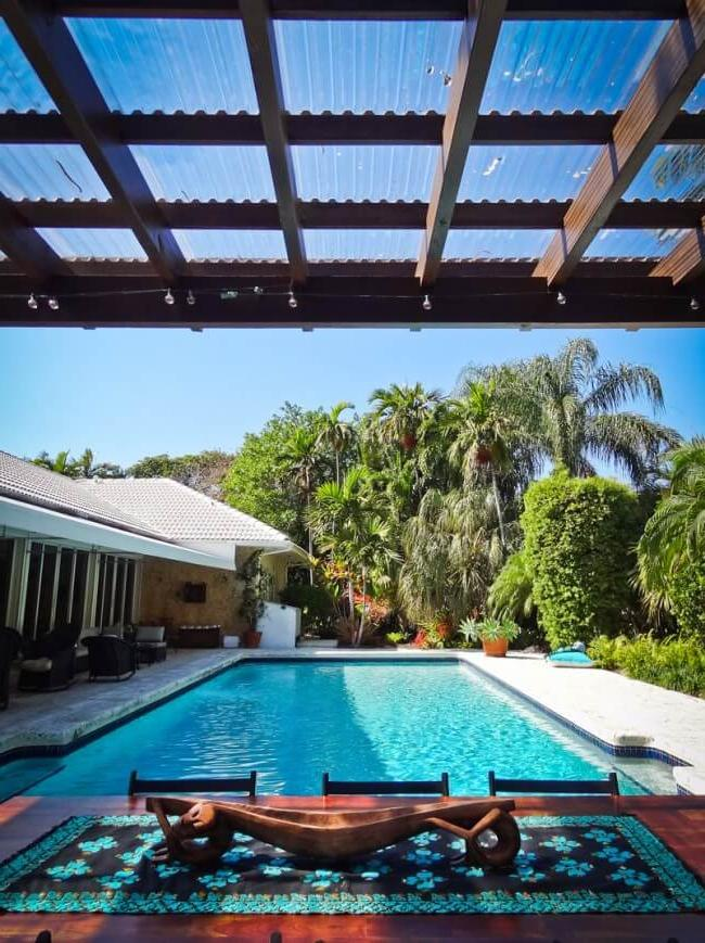Pergola from cellular polycarbonate by the pool