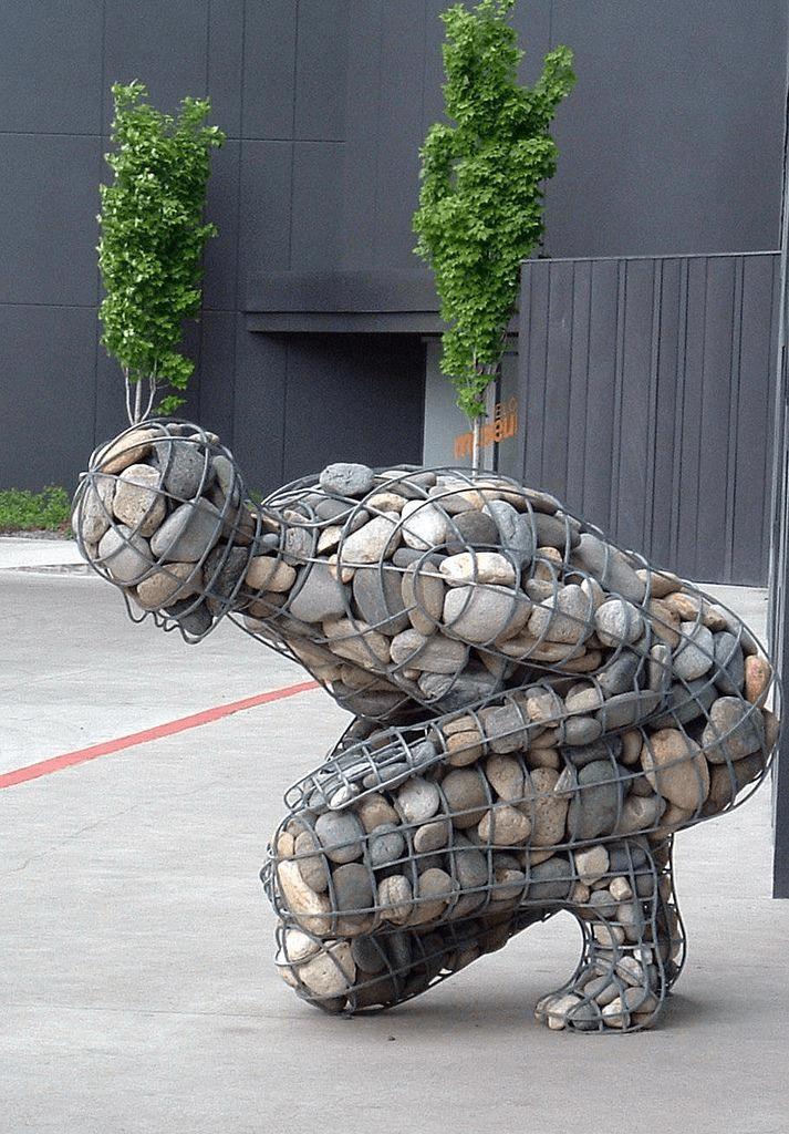 amazing gabion sculpture
