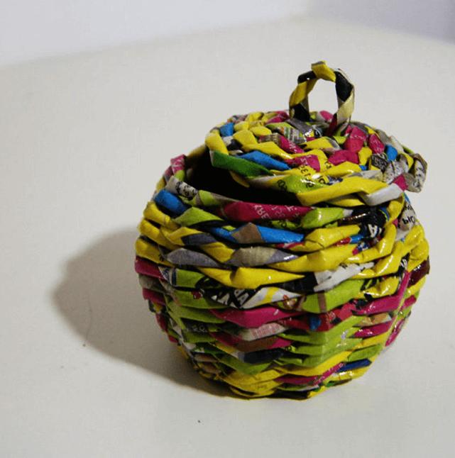 diy weaving basket from newspaper tube
