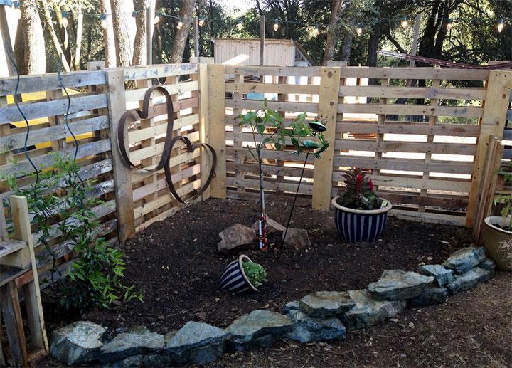 wood pallet fences